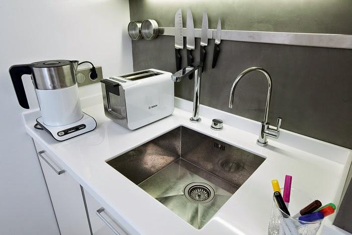 Cocinas pintores madrid decoracion interiores como - Microcemento paredes cocina ...