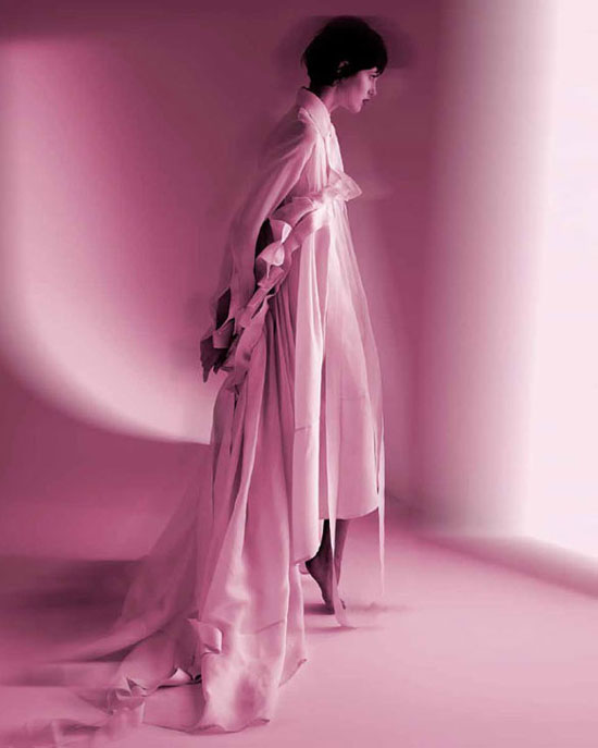Gianfranco Ferre: The White Shirt According to Me | Princesse Spring 2006