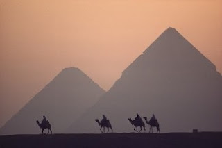 foto Piramida