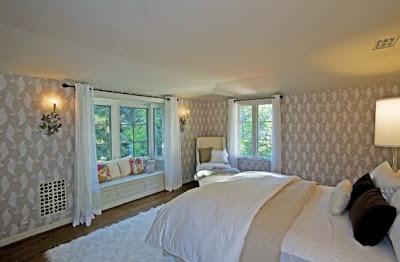 Scarlett Johansson's bedroom