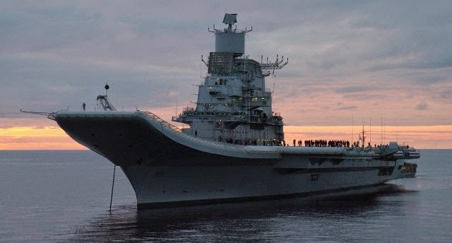 Kapal Induk Vikramaditya milik Angkatan Laut India