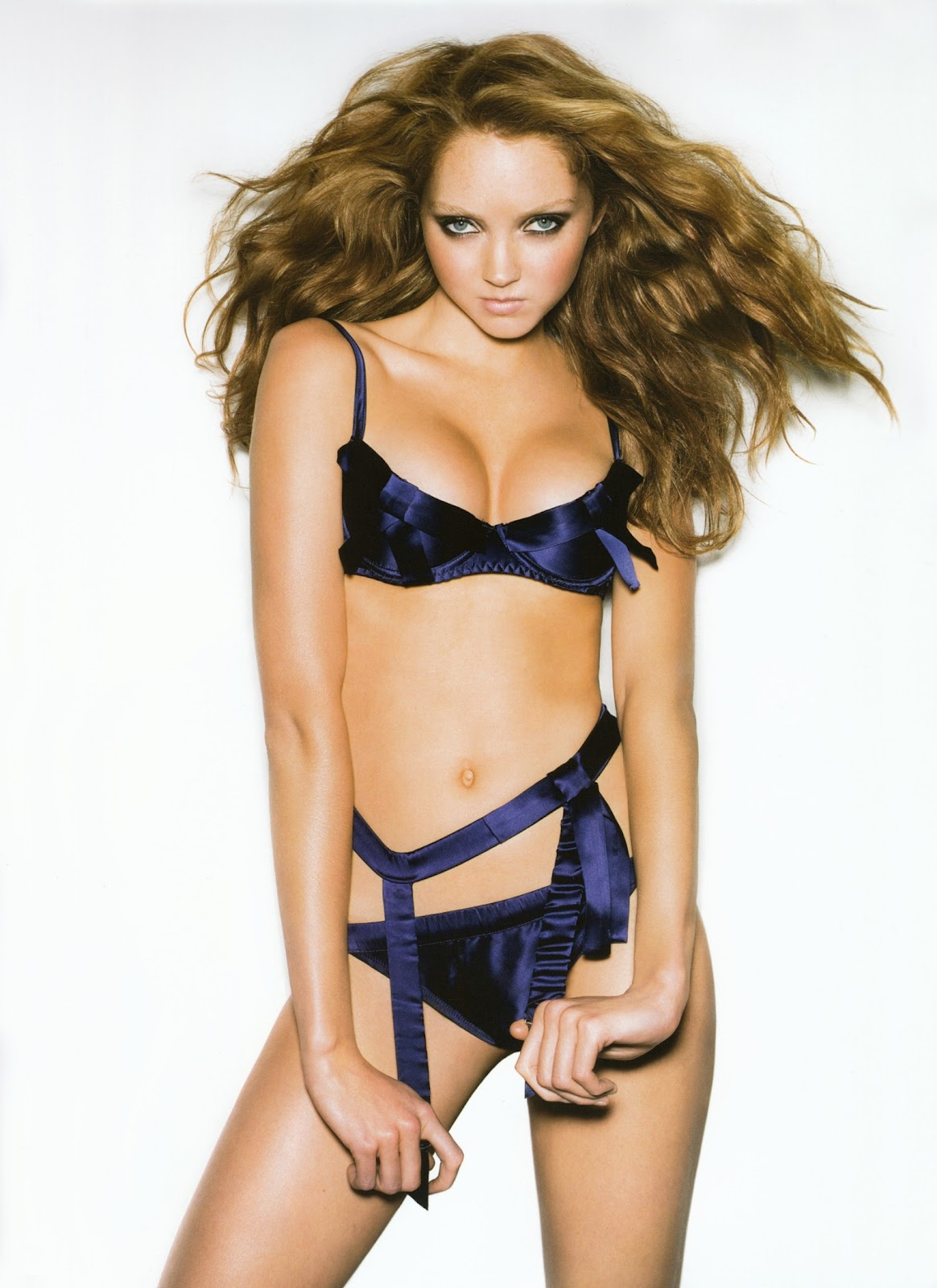 HOLLYWOOD ALL STARS: Lily Cole Hot Pictures in 2012