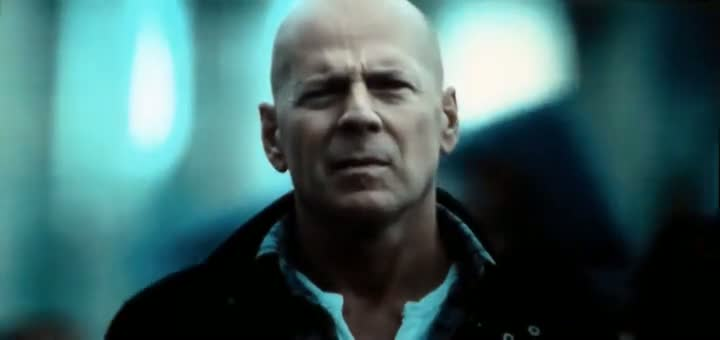 Screen Shot Of A Good Day to Die Hard 5 (2013) Dual Audio Movie 300MB small Size PC Movie
