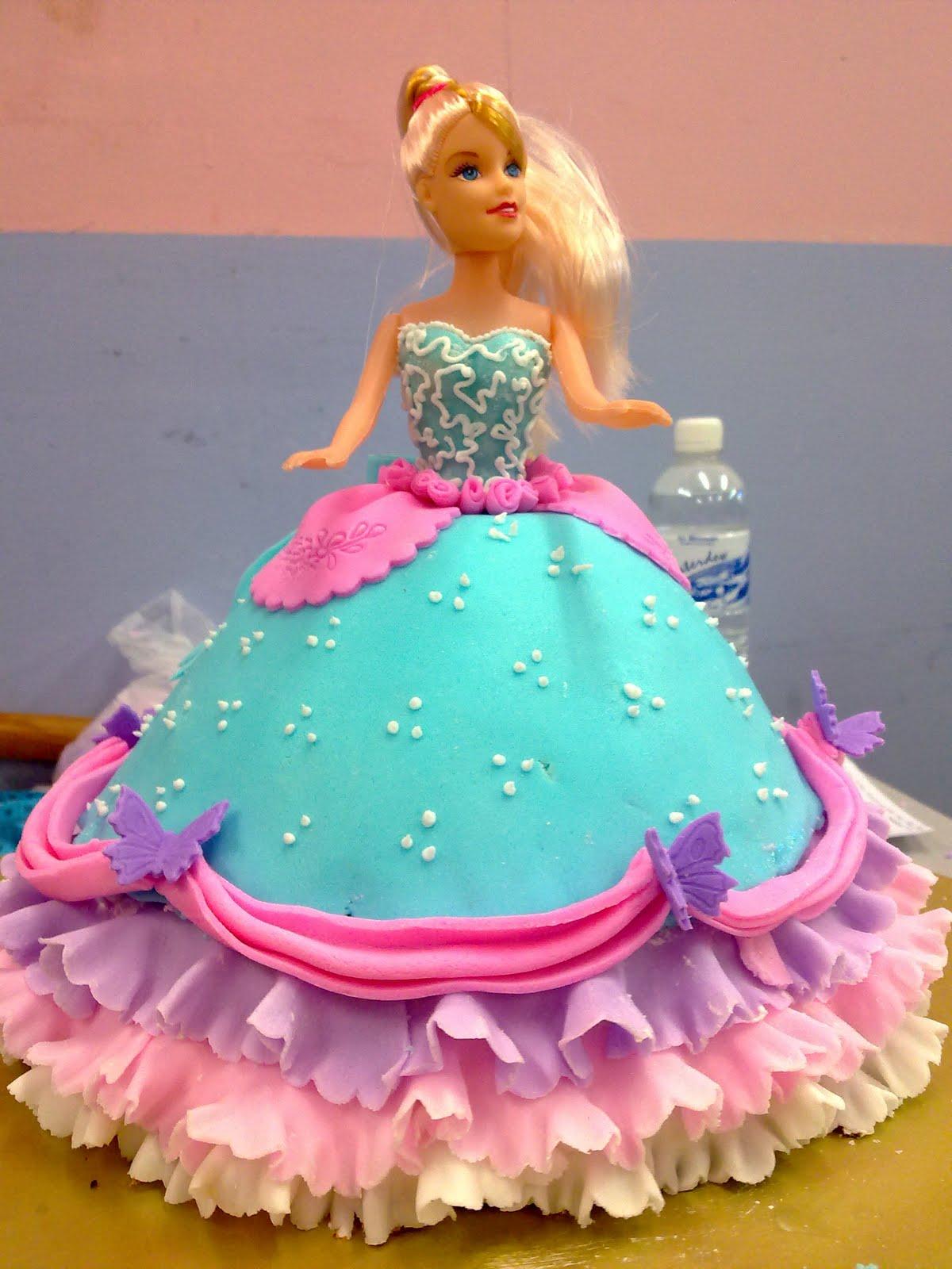 Barbie Fondant Cake Images : Kay Bakery: 2nd fondant barbie cake