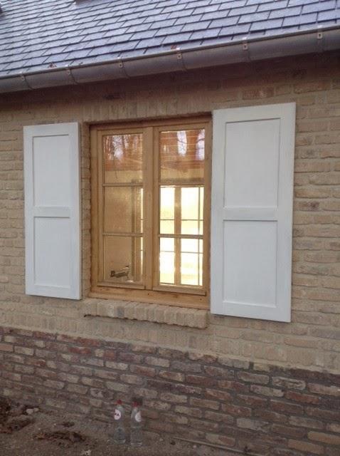 raam met luiken