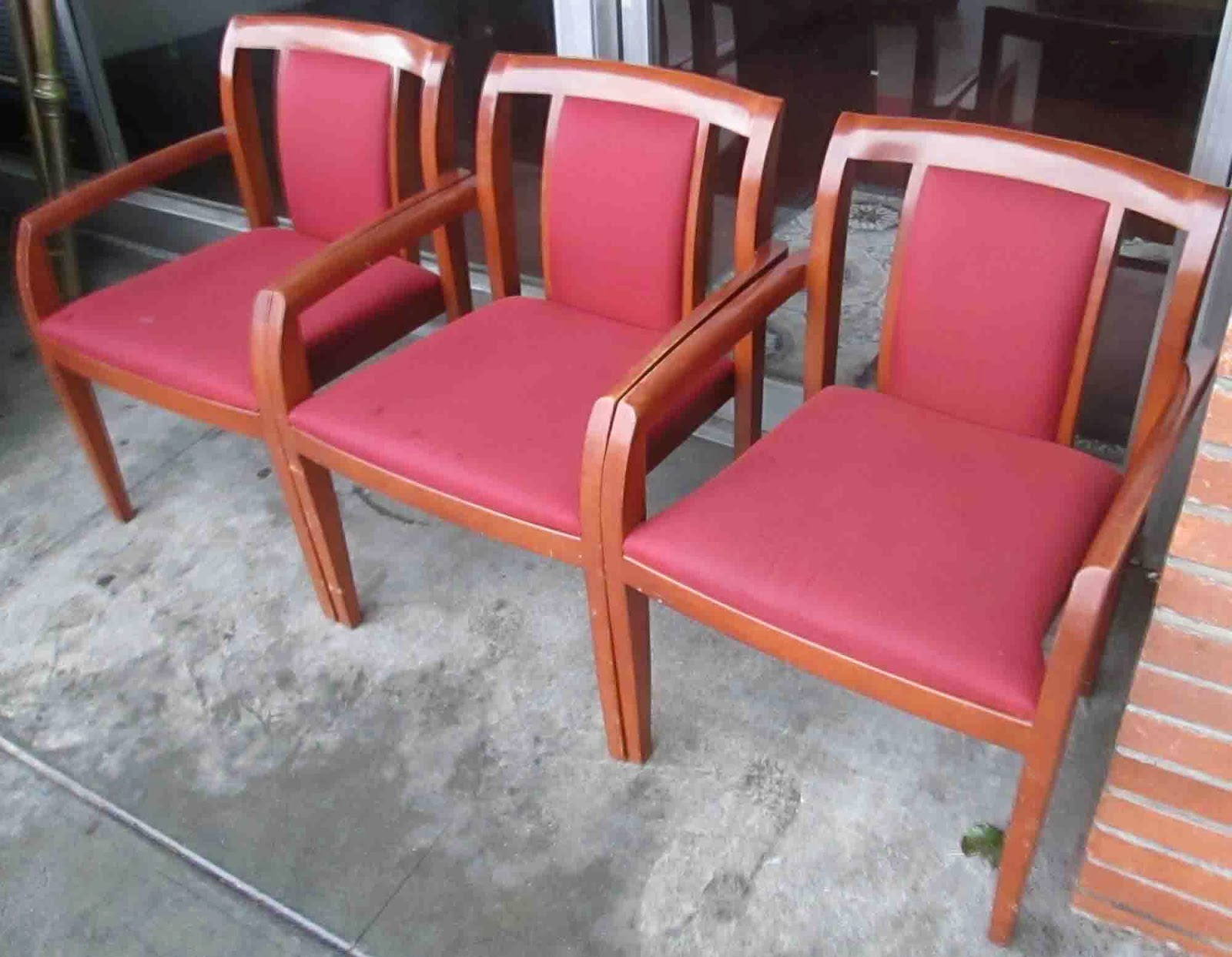 Waiting Room Chairs Uk Find Every Shop In The World Selling Steel Enlarger 01 At Pr Office