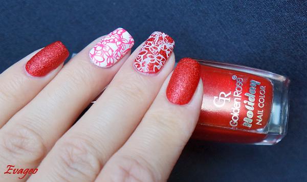 Красные ногти с песком