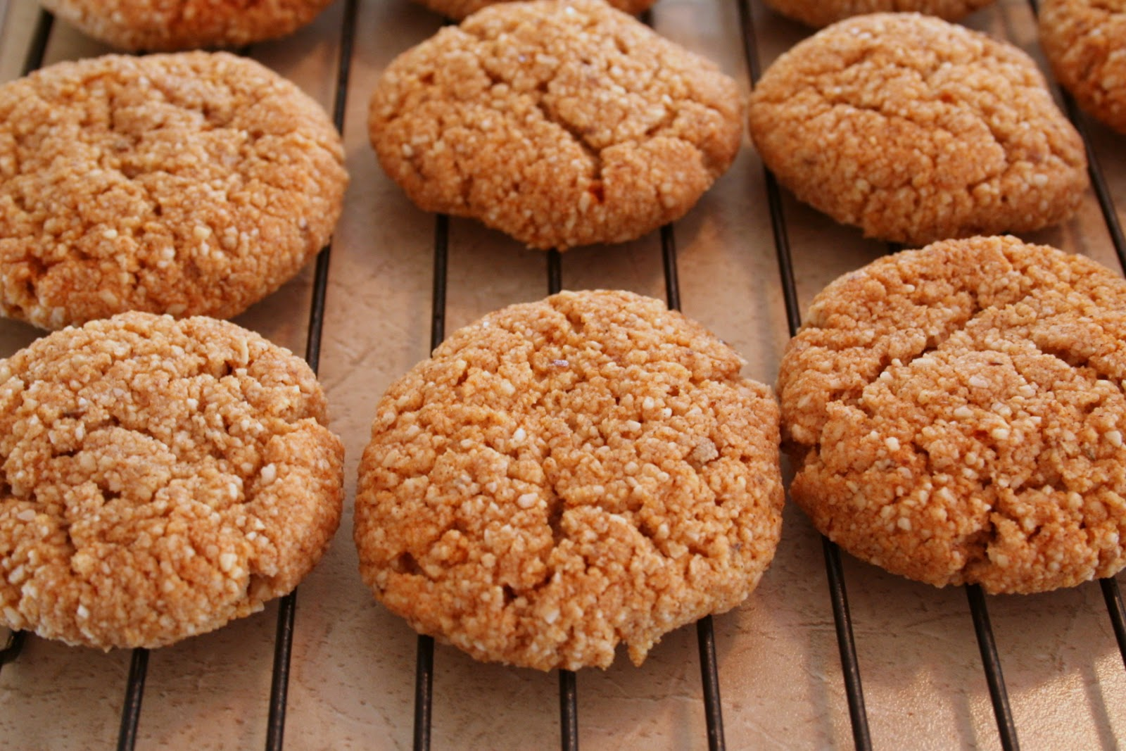 The Healthy Happy Wife Cinnamon Almond Cookies Or Snickerdoodles
