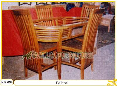 Kursi dan Meja Makan Ukiran Kayu Jati Balero