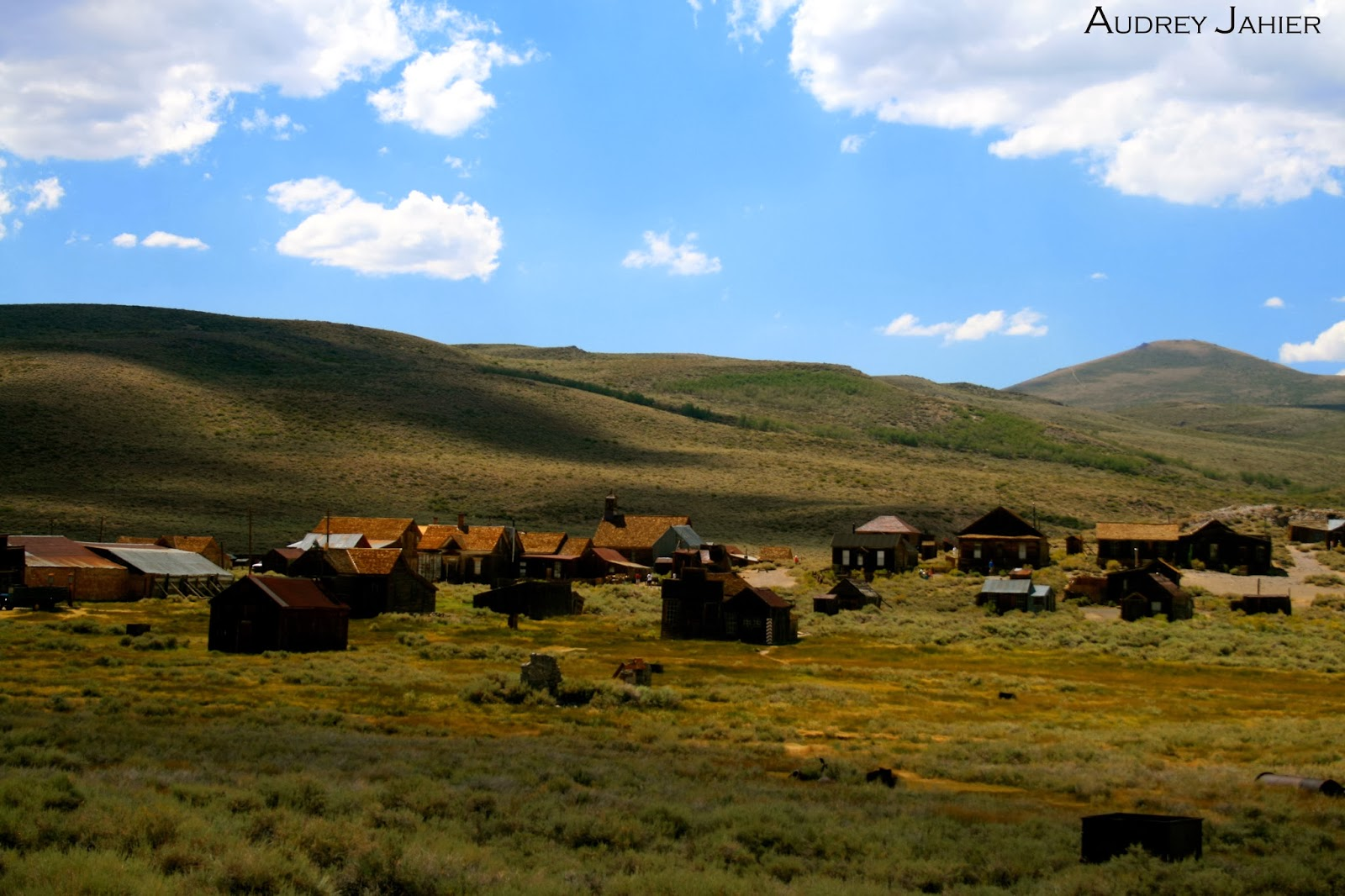 bodie-ghost-town-california-road-trip-USA