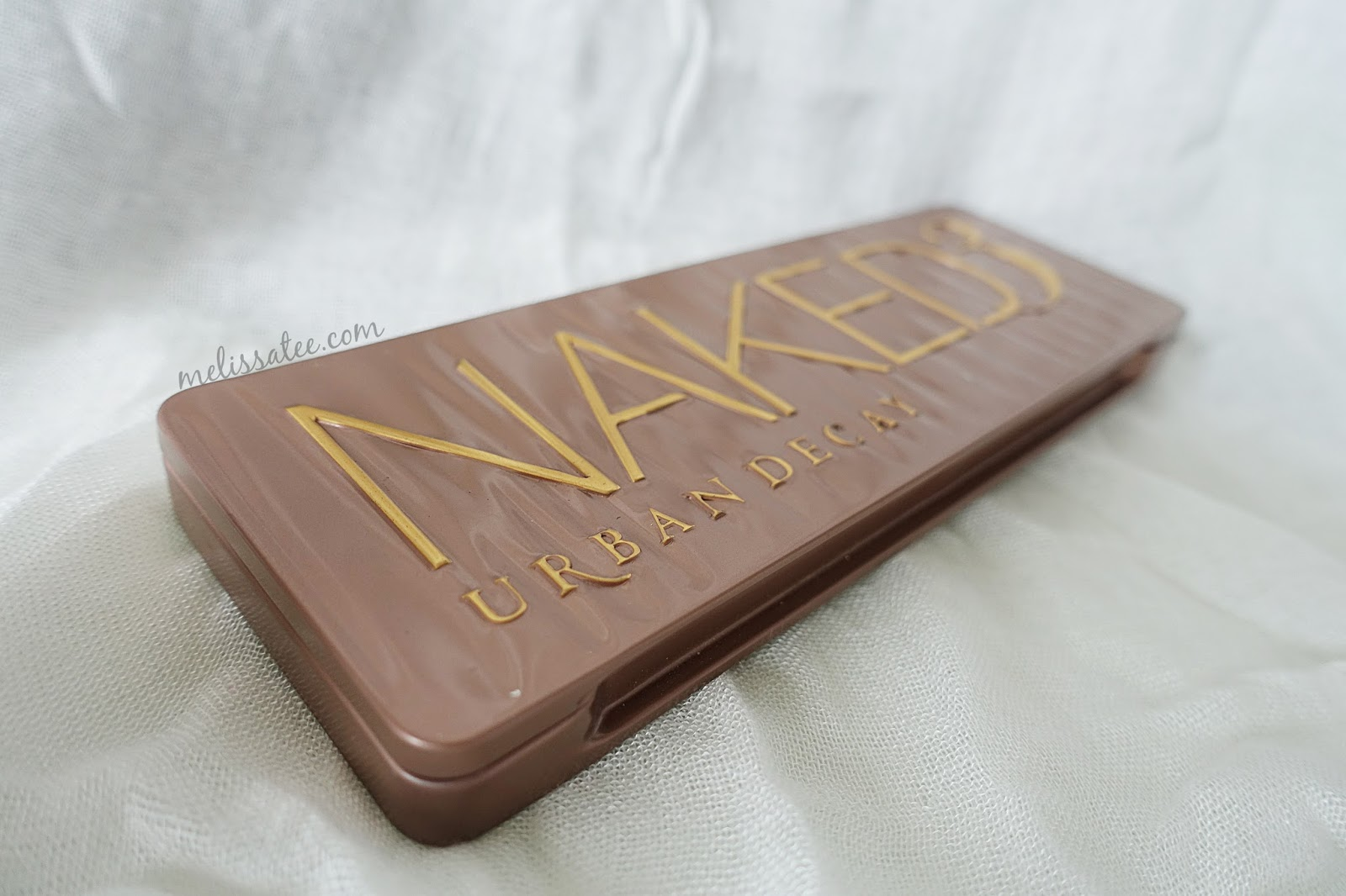 Review: Urban Decay Naked 3 Palette + Swatches, General