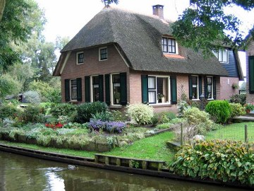 6, giethoorn in holland marisa haque & ikang fawzi, village withouts treets