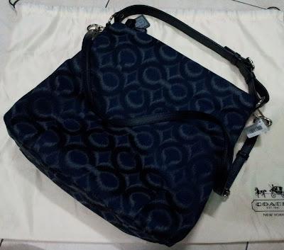 ... Op Art Ikat Isabelle Hobo F21296 Navy Blue Handbag Bag Purse NWT