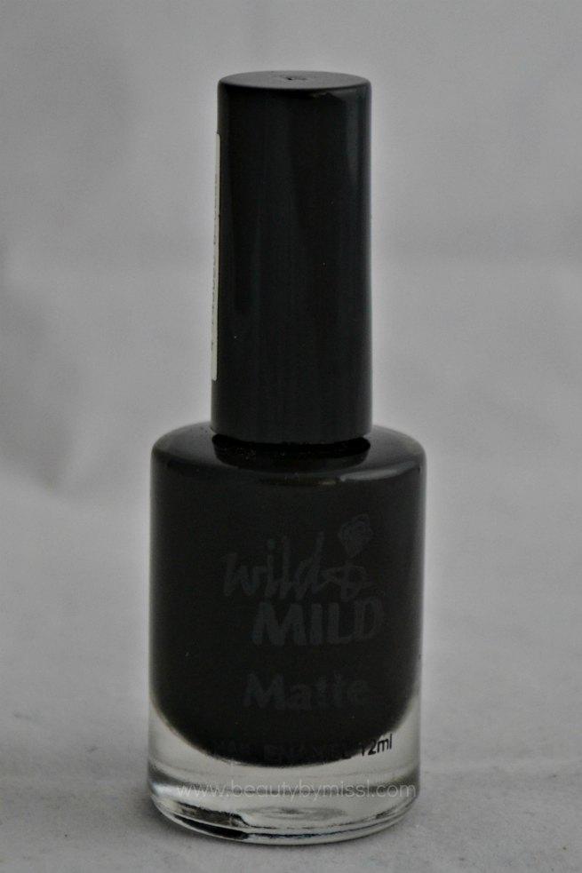black matte nail polish, nail lacquer, nail enamel