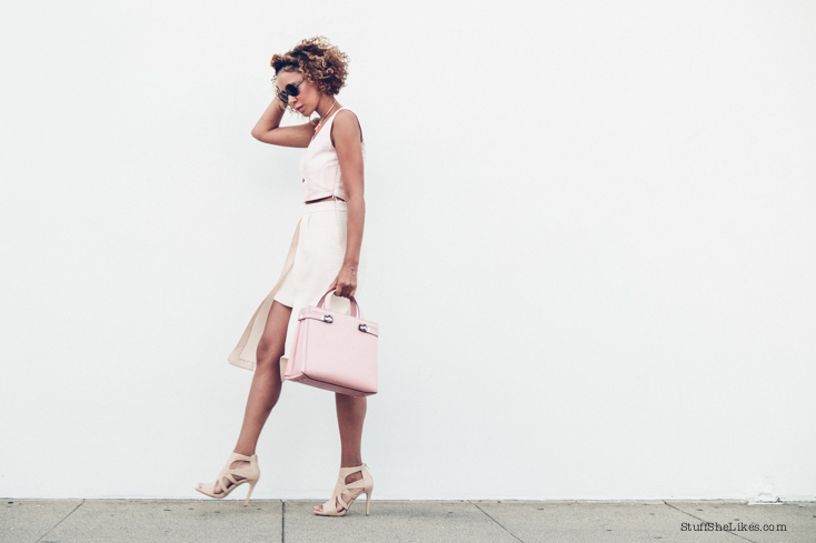 pink bag, Blogger, Los Angeles blogger, best blogger, top blogger, top ten fashion bloggers, serapian, shoe dazzle, austrailian clothing line, curly hair, blonde hair