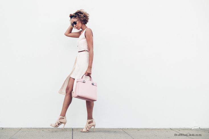 pink bag, Blogger, Los Angeles blogger, best blogger, top blogger, top ten fashion bloggers, serapian, shoe dazzle, austrailian clothing line, curly hair, blonde hair