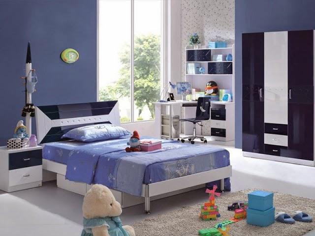 Desain kamar tidur anak perempuan minimalis warna cat biru kombinasi