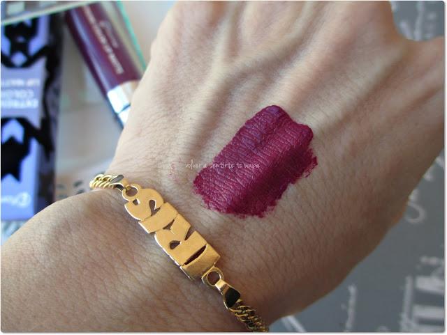 Colección EYECATCHER de FLORMAR - Extreme Color Lip Matte - 01 Protagonist - Swatch