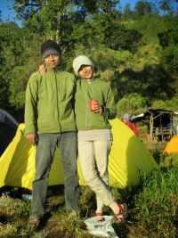 Tips Mendaki Dengan Pasangan