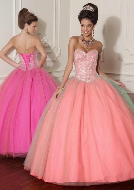 Atractivos y sencillos vestidos de 15 años