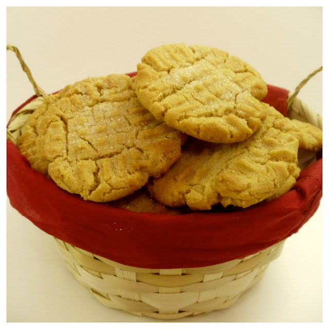 Peanut Butter Cookies by KaceyCooks