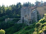 El Monestir de Sant Llorenç del Munt des de la Punta del Serrat del Vent