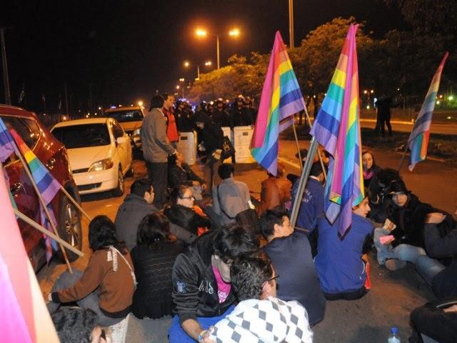 Agreden a Activistas LGBT en Paraguay