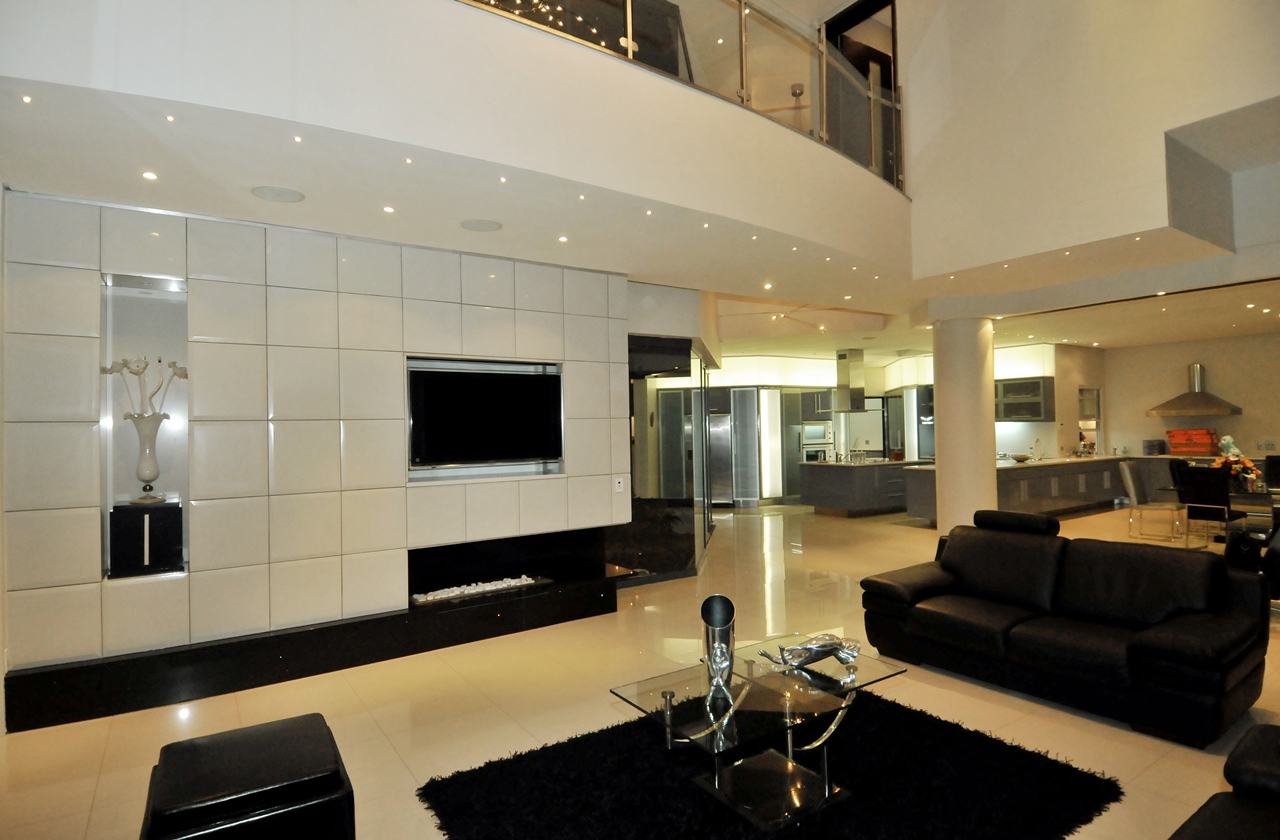 World Of Architecture Huge Modern Home In Hollywood Style By Nico Van