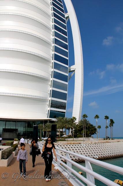 Anything under the sun burj al arab a seven star hotel for Burj al arab 7 star hotel