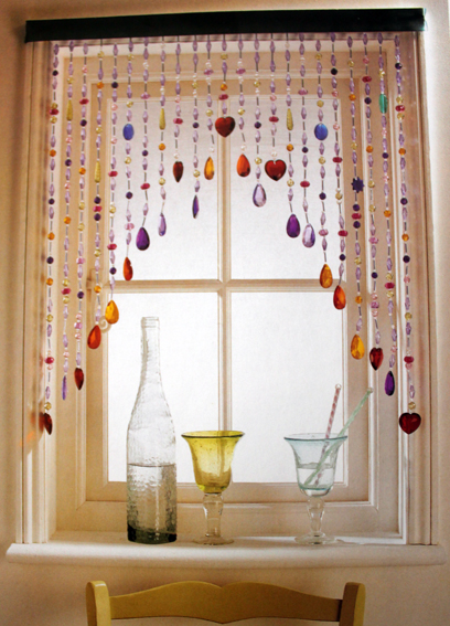 Beaded Curtains: Give Your Living Room a Retro Feel
