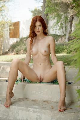 Mia+Sollis+Wild+Beauty+Outdoor+Nude+www.CelebTiger.com+09 Redhead Beauty Mia Sollis Is Naked & Enjoying Herself Photos