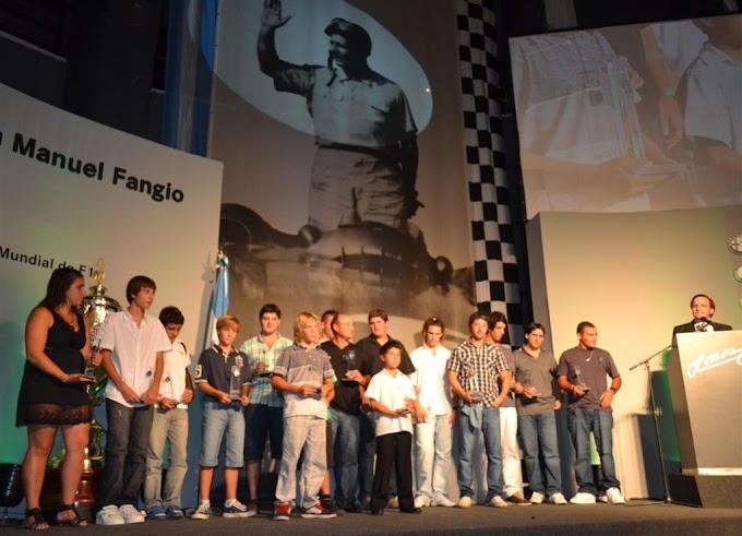 Entregaron los premios Bordeu  a los campeones zonales