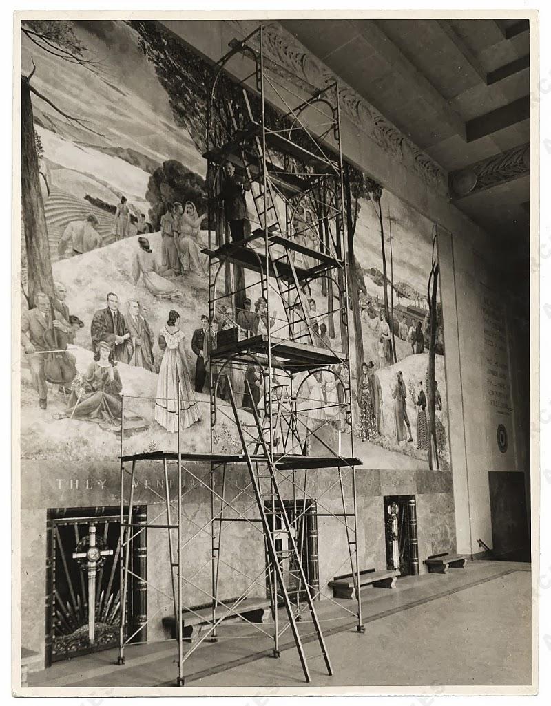 http://4.bp.blogspot.com/-r-K8K1IjK0M/Ukvg6fxzadI/AAAAAAAAk-g/nzqYFuVatss/s1600/07-Leon+Kroll+painting+a+mural+in+the+Worcester+Memorial+Auditorium,+ca.+1935+2.jpg