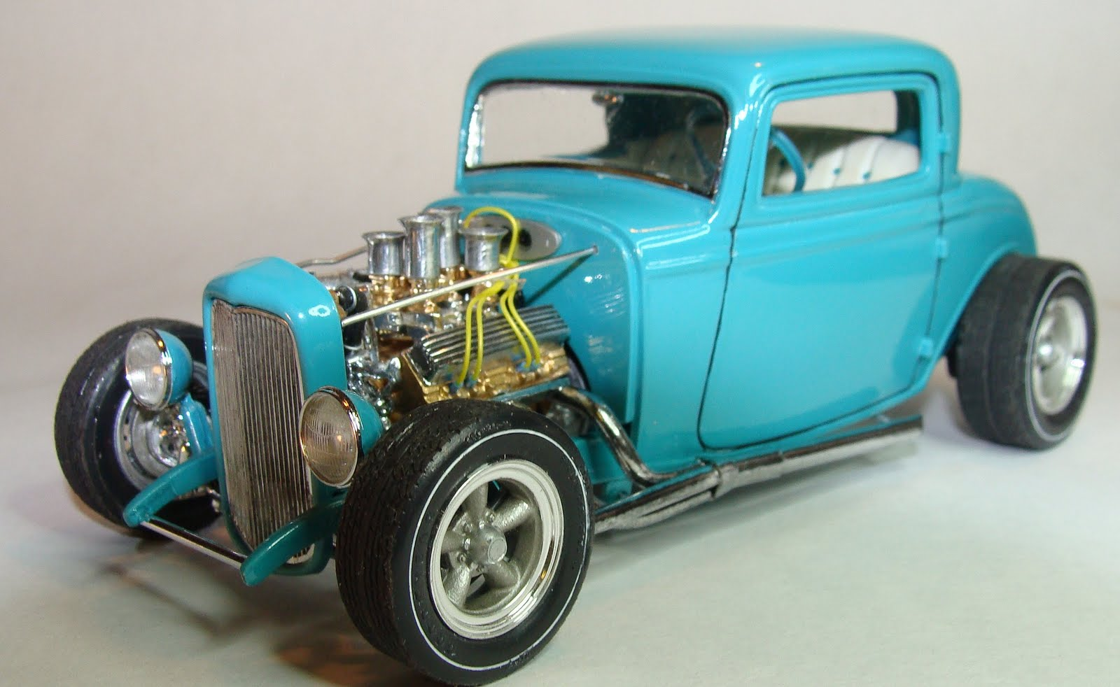 Model Cars: 1932 Ford 3 Window Coupe (Lowboy)