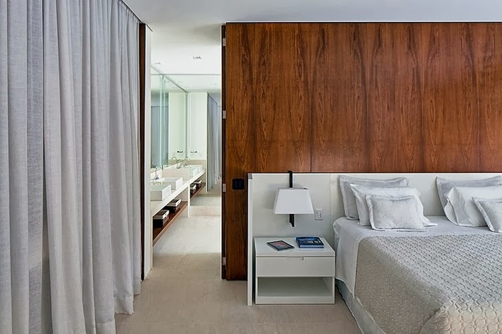 Bedroom in Contemporary Iporanga House by Patricia Bergantin Arquitetura