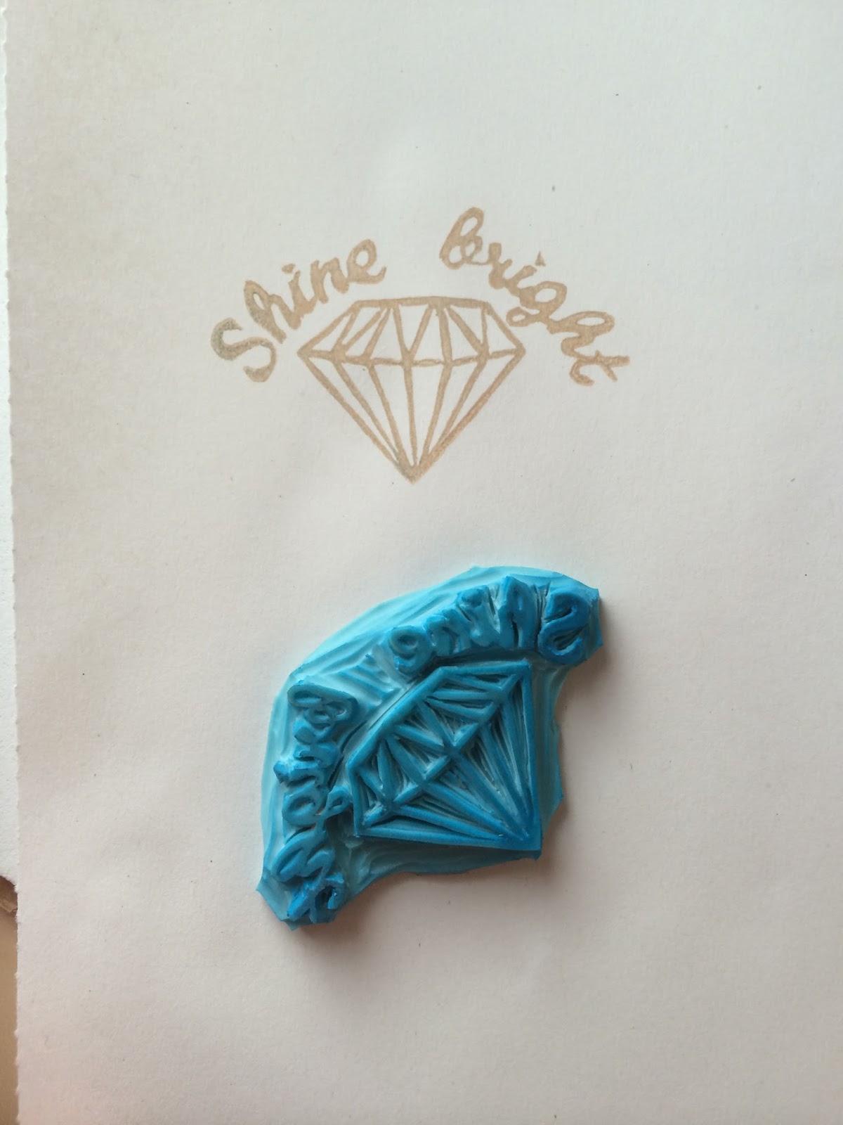 Sello hgecho a mano por sweet carving de un diamante