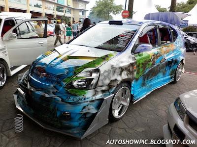 Extreme Modified Honda Stream Autoshow Car