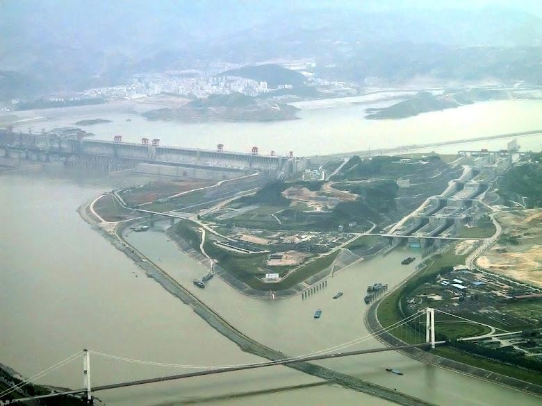 Три ущелья Величайший гидроэнергетический проект в