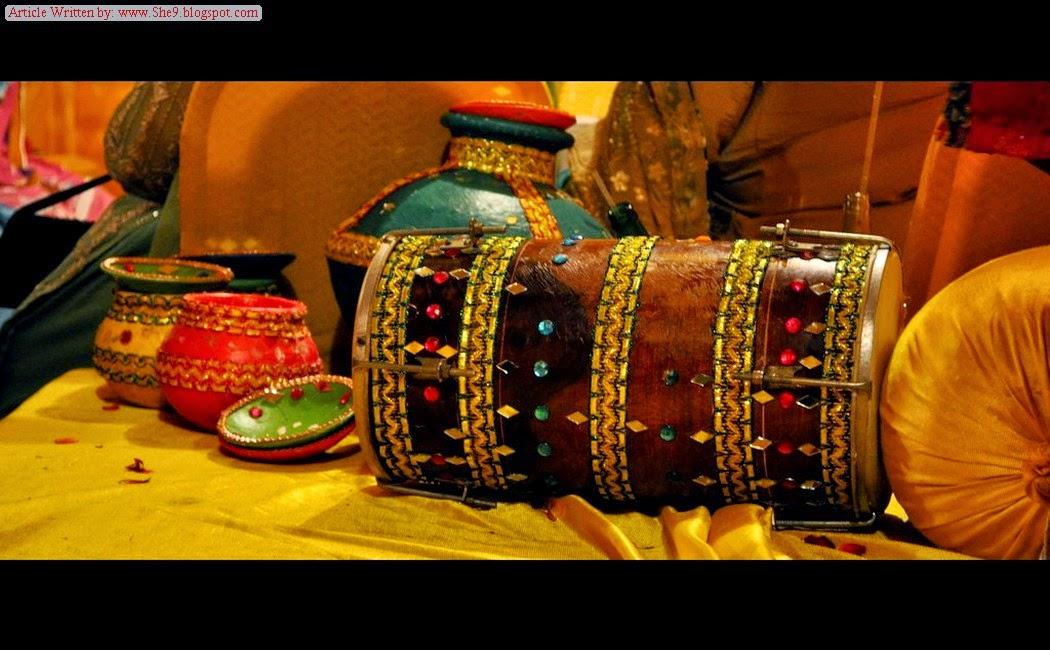 Mehndi Flower Accessories : Mehndi event accessories plates dandiya flower
