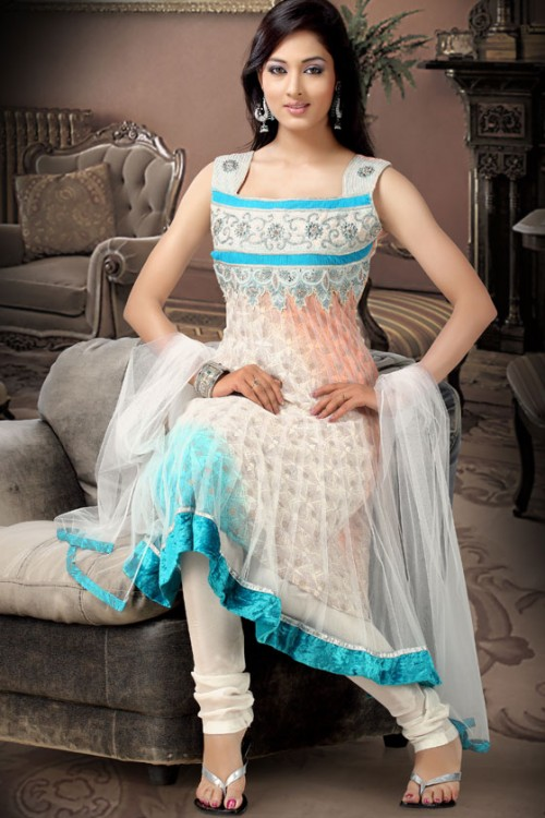 Latest pakistan designer salwar kameez 2013 fshion clothes for Girls suit design