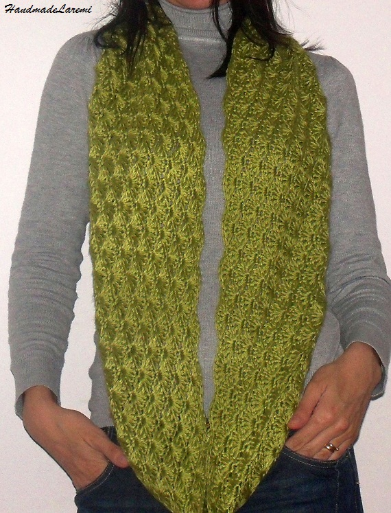 Crochet Patterns Neck Scarves : ... Cowl Neck/ Cowl Scarf/ Shawl/ Crochet Scarf/ Infinite Cowl/ Green Cowl