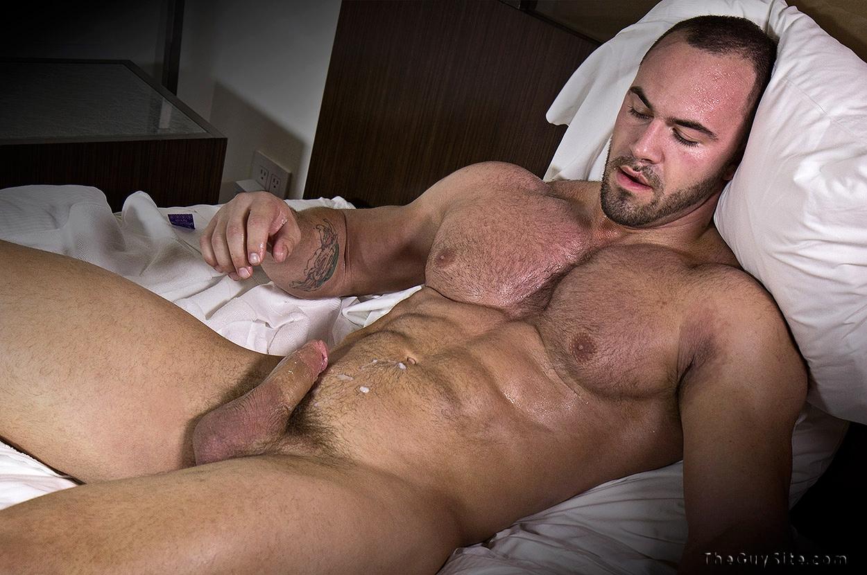 Фото голых мускулистых парней 4 фотография