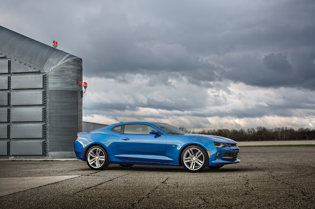 2016 Chevrolet Camaro blue