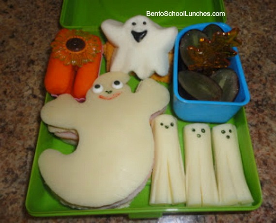Halloween ghost lunch
