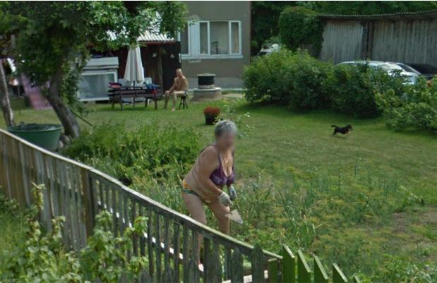 Vovó na Estônia fazendo o que é preciso no visual