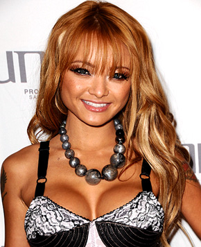 Separated at Birth: LaToya Jackson / Tila Tequila. Posted by st at 12:33 AM
