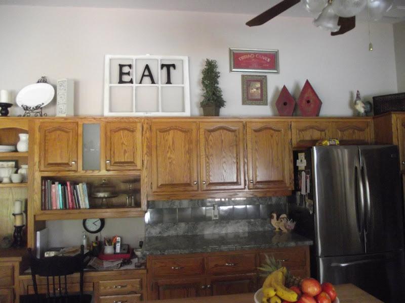 White Kitchen title=