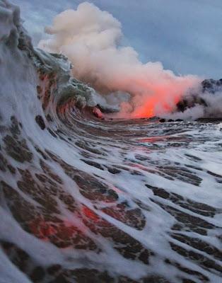 Volcán en el Océano