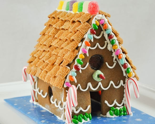 how to make a homemade gingerbread house