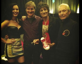 Katy Perry Gyrates With Mic Jagger, Rolling Stones At MGM Grand Las Vegas